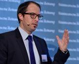 SZ Konferenz Versicherung und Internet 2016 Digitalisierung und Cyber-Risiken - Neue Wege fŸr Versicherungsunternehmen Heiko Lšhr